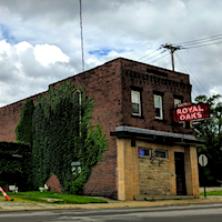 Royal Oaks Bar & Grill restaurant located in YOUNGSTOWN, OH