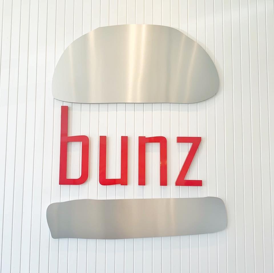 Bunz  restaurant located in NEWPORT BEACH, CA